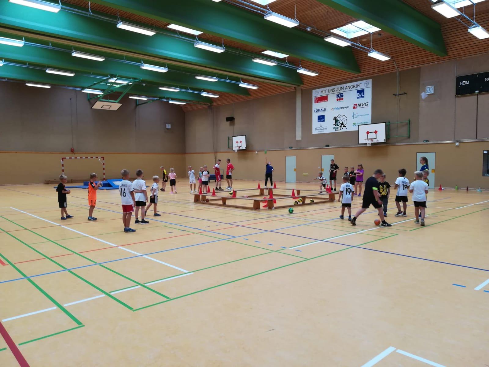 SVA Handballer bei Ferienpassaktion in Emsbüren